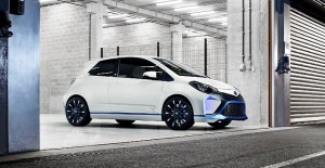 toyota-fully-reveals-yaris-hybrid-r-concept-photo-gallery-medium_1