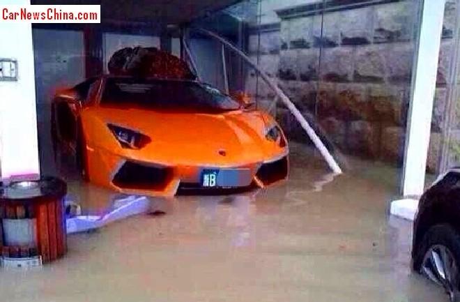 drowning-cars-china-1a