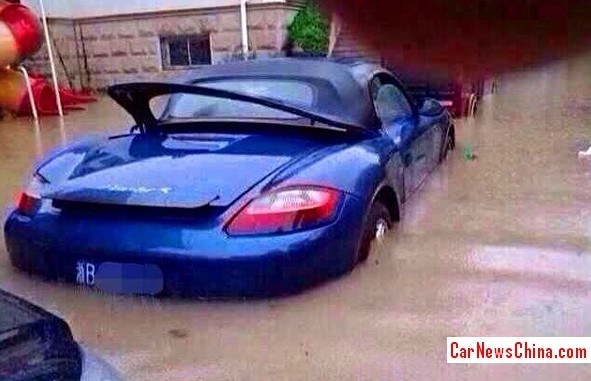 drowning-cars-china-2