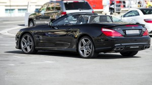 mercedes-benz-sl63-amg-review-2013-1080p-83