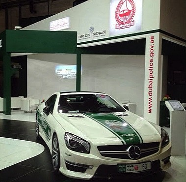 dubai-police-adds-audi-r8-mercedes-sl63-amg-and-nissan-gt-r-medium_1