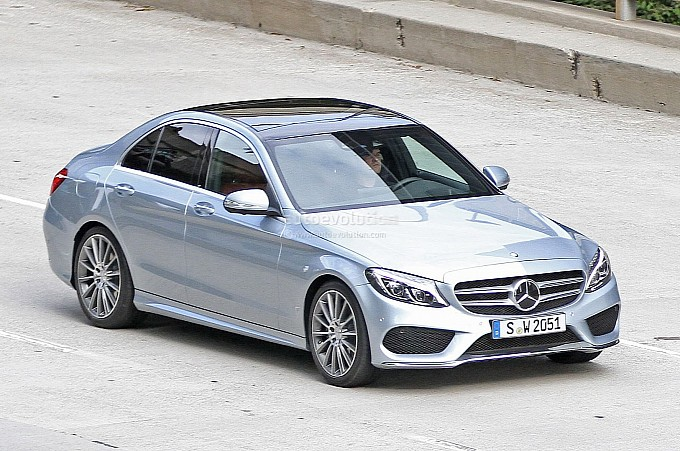 spyshots-2014-mercedes-c-class-reveals-its-new-design-medium_2