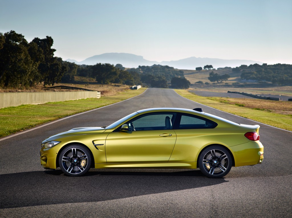 2015-bmw-m4-coupe-004-1