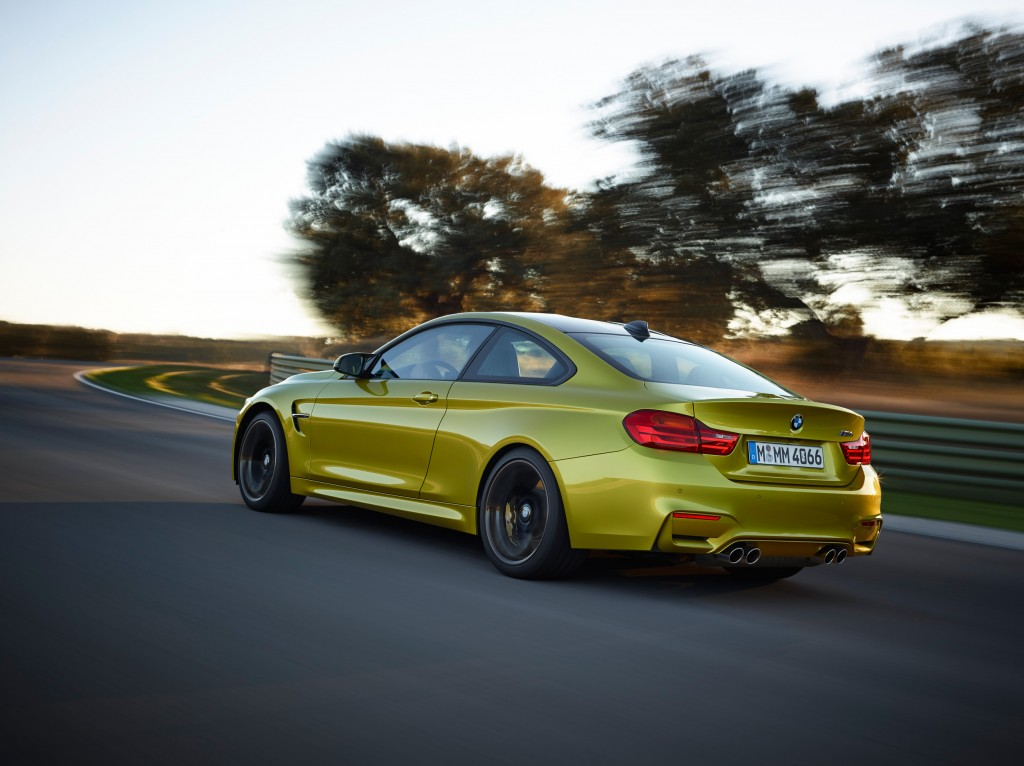 2015-bmw-m4-coupe-015-1