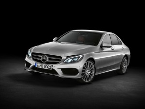 check-out-the-first-official-footage-with-the-new-c-class-w205-video-1080p-21