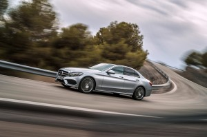check-out-the-first-official-footage-with-the-new-c-class-w205-video-1080p-43