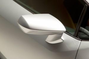 http---image.motortrend.com-f-roadtests-exotic-1312_2015_lamborghini_huracan_first_look-59412047-2015-Lamborghini-Huracan-rearview-mirror