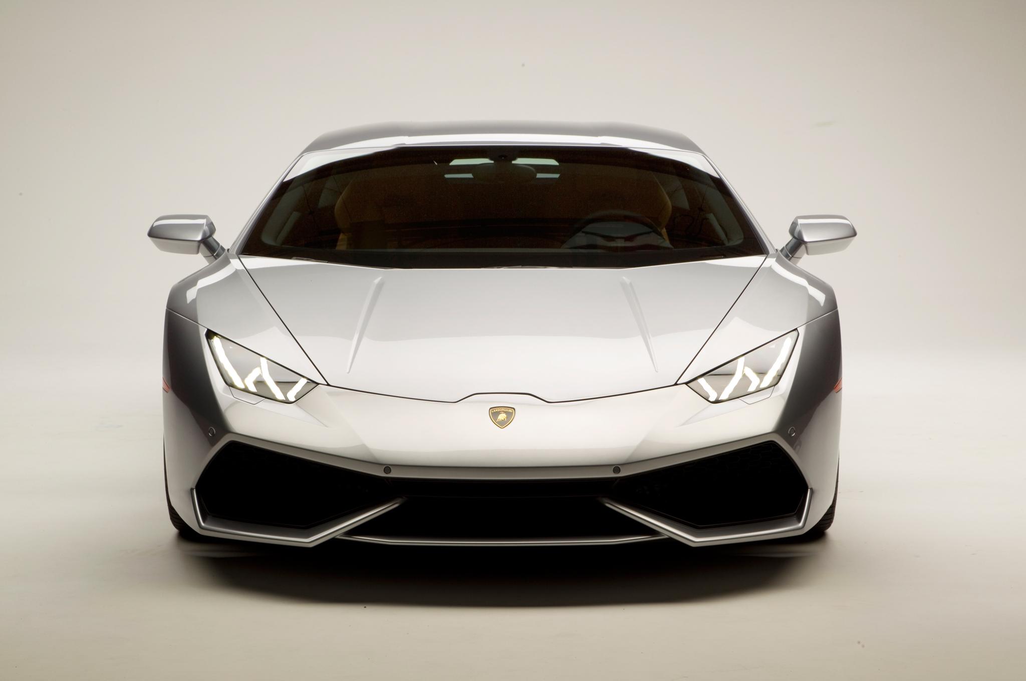 http---image.motortrend.com-f-roadtests-exotic-1312_2015_lamborghini_huracan_first_look-59412095-2015-Lamborghini-Huracan-silver-front-end