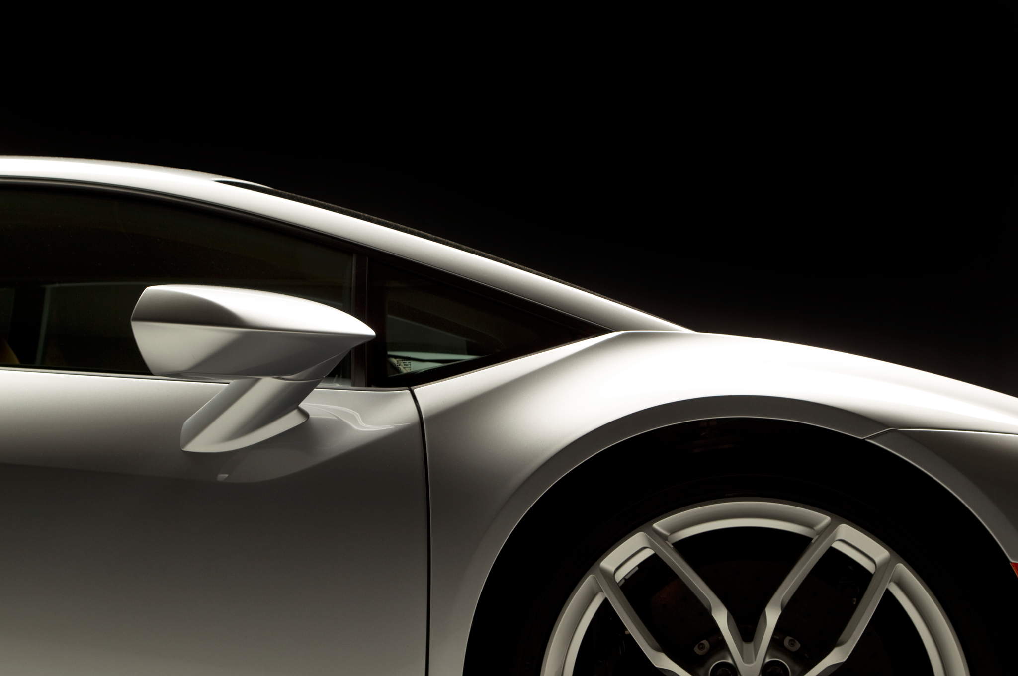 http—image.motortrend.com-f-roadtests-exotic-1312_2015_lamborghini_huracan_first_look-59412179-2015-Lamborghini-Huracan-side-panel-02