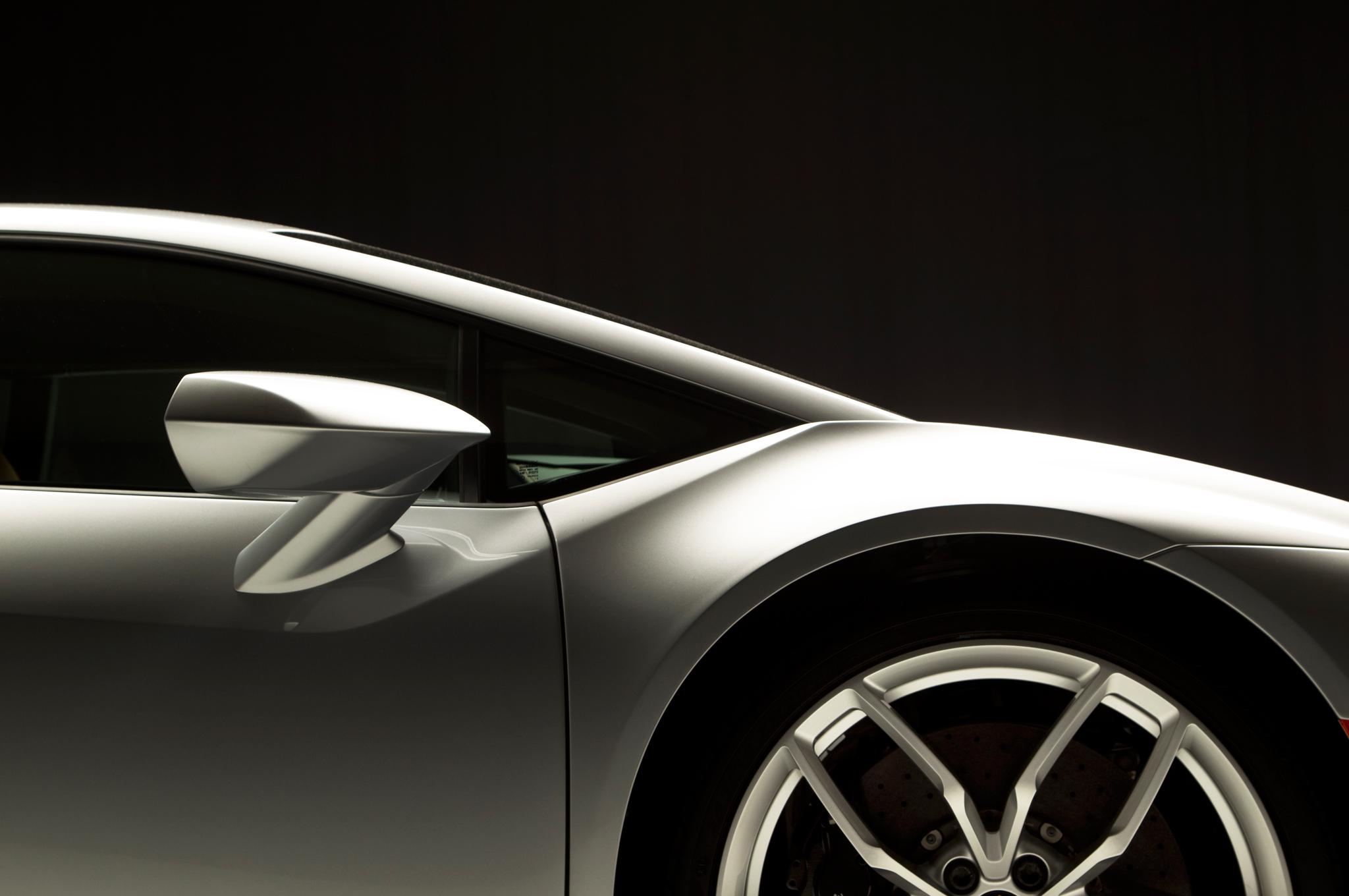 http—image.motortrend.com-f-roadtests-exotic-1312_2015_lamborghini_huracan_first_look-59412185-2015-Lamborghini-Huracan-side-panel