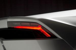 http---image.motortrend.com-f-roadtests-exotic-1312_2015_lamborghini_huracan_first_look-59412206-2015-Lamborghini-Huracan-taillight-02