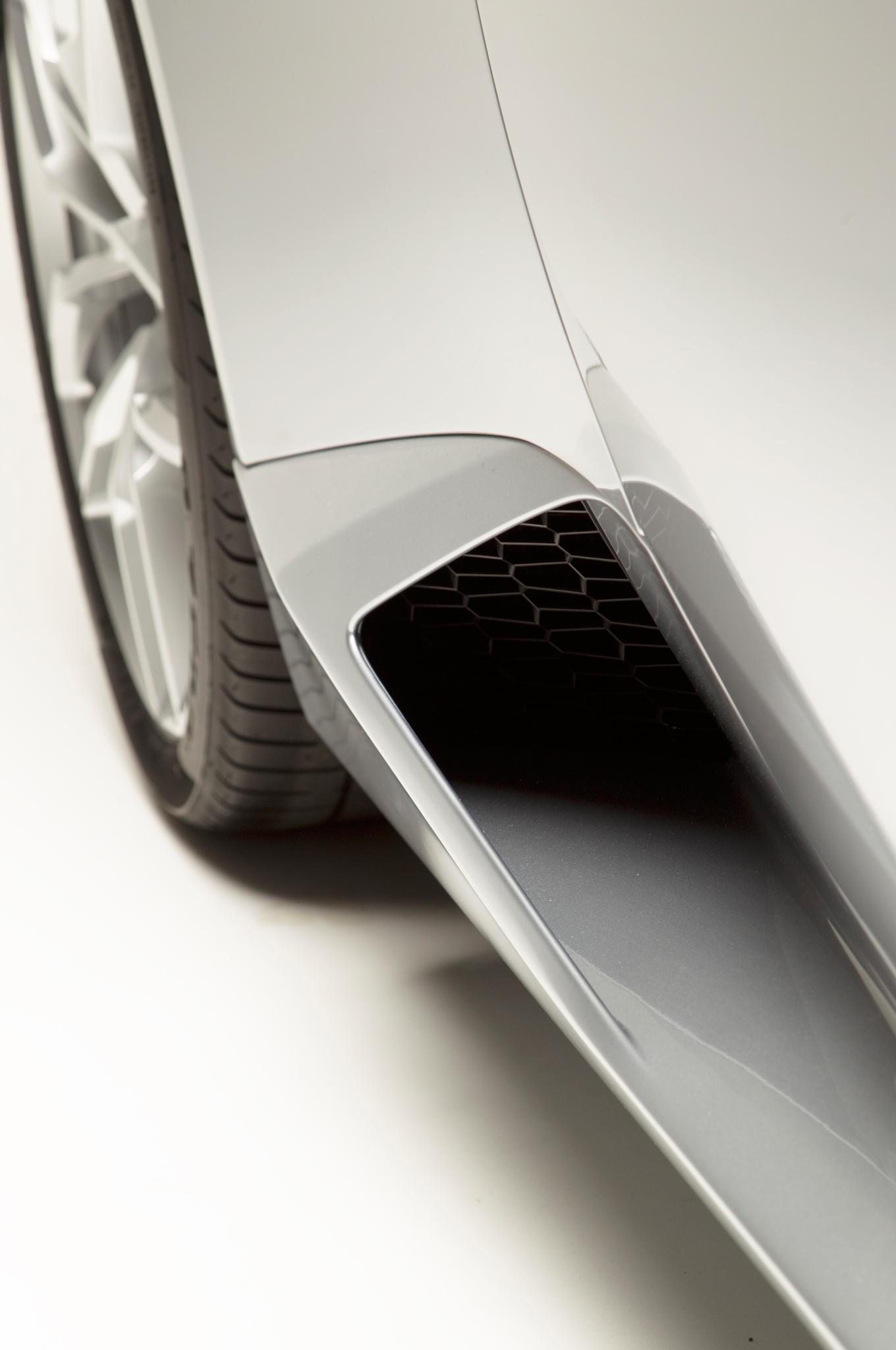 http—image.motortrend.com-f-roadtests-exotic-1312_2015_lamborghini_huracan_first_look-59412215-2015-Lamborghini-Huracan-vents