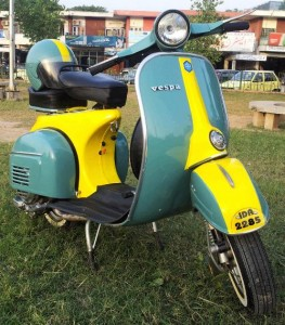 1383584548_562333925_1-Pictures-of--Lovely-Vespa-for-Scooter-lovers