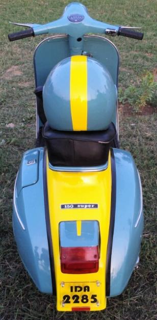 1383584548_562333925_4-Lovely-Vespa-for-Scooter-lovers-Vehicles