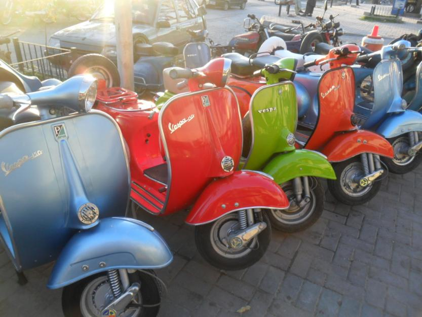 1387698640_580447879_4-vespa-1961-to-1978-models-italian-Vehicles