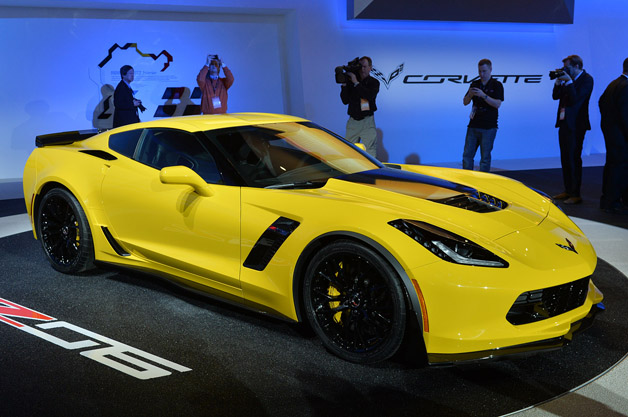 2015-chevrolet-corvette-z06-detroit