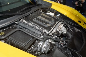 31-2015-chevrolet-corvette-z06-detroit-1