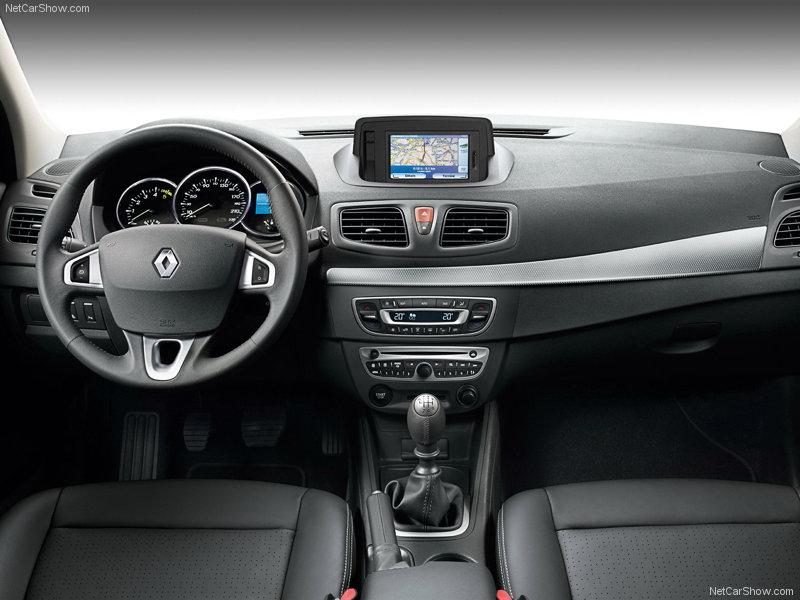 Renault-Fluence_2010_800x600_wallpaper_07