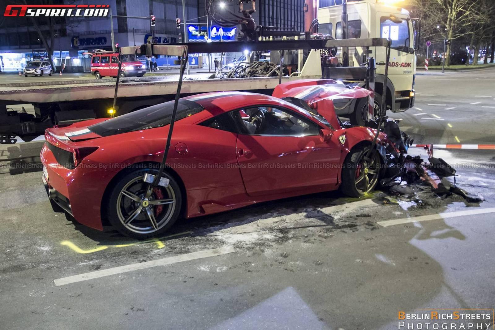 ferrari-458-speciale-crash-10