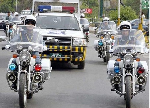 women-traffic-police