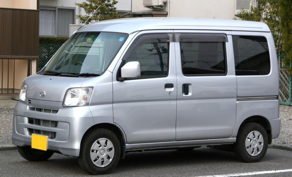 2007_Daihatsu_Hijet_Cargo_Cruise_Turbo