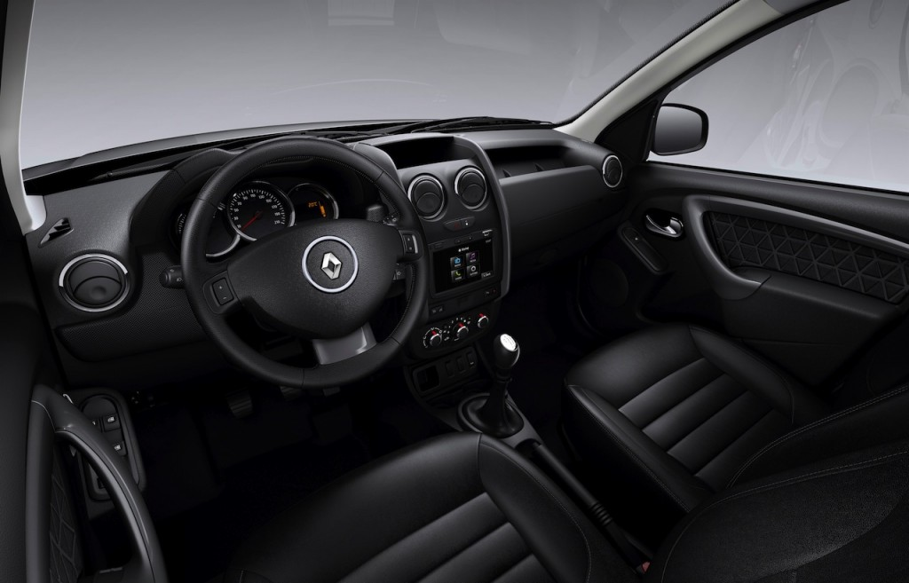 2014-Renault-Duster-Facelift-interior
