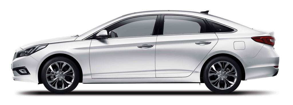 2015-Hyundai-Sonata-press-shot-side