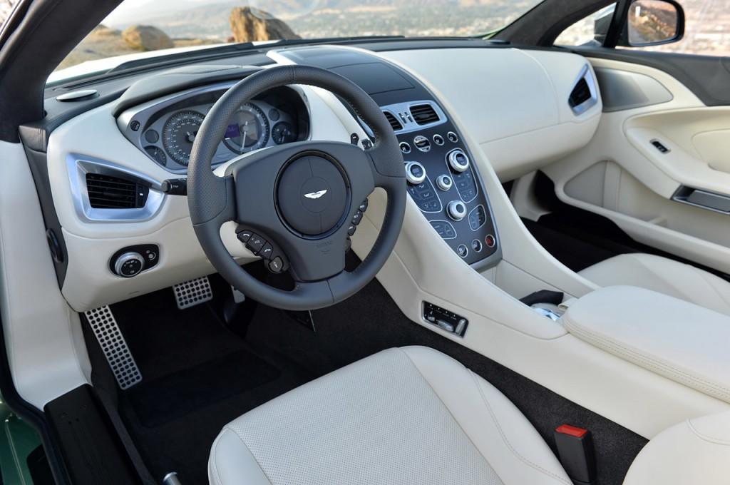 31-aston-martin-v12-vanquish-volante-fd-1