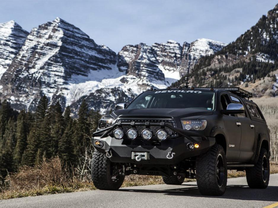 Toyota Tundra Front Bumper >> Why 'Devolro', one of world's biggest SUVs, is perfect for armoring - PakWheels Blog