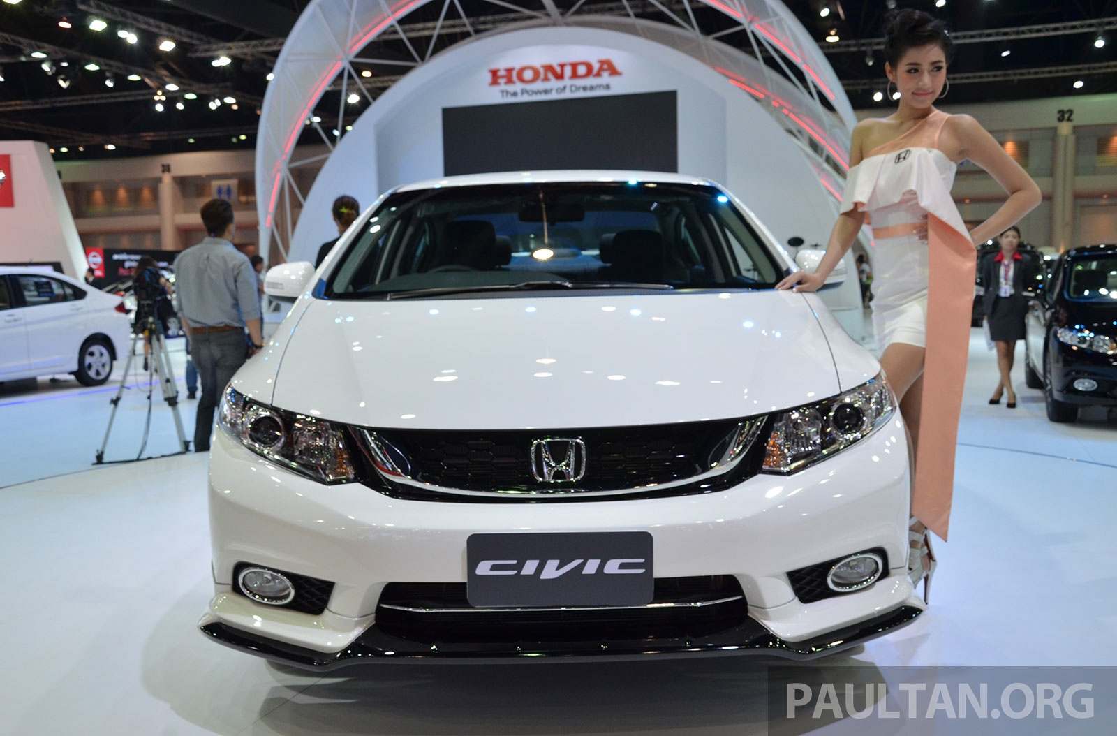 Honda-Civic-Facelift-Thailand-5