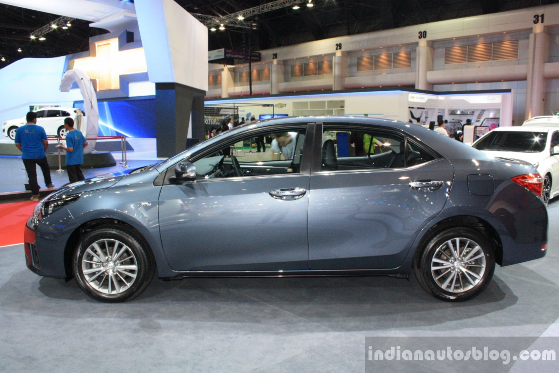 Toyota unveils three variants of corolla altis in thailand pakwheels blog