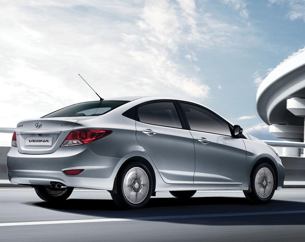 Fluidic Verna Is Hyundai S Answer To Honda S City Pakwheels Blog