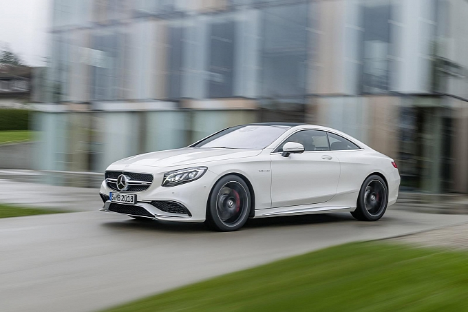 mercedes-new-s-63-amg-coupe-revealed-is-a-sexy-brute-photo-gallery-medium_12