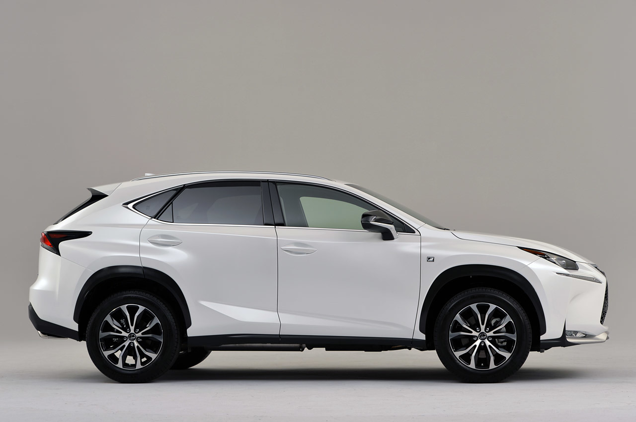 2015 Lexus Nx Has A Waterfall At The Front Pakwheels Blog