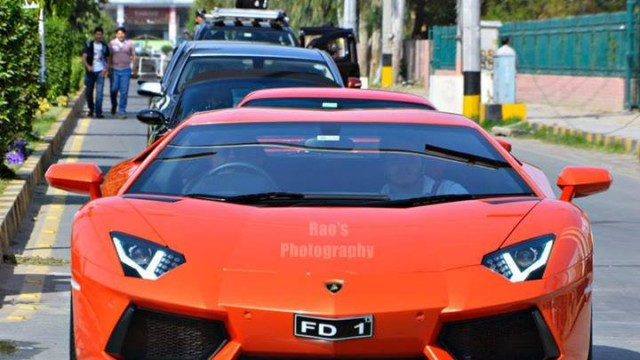 Faisalabad Auto Show Brings Aventador Amongst Others