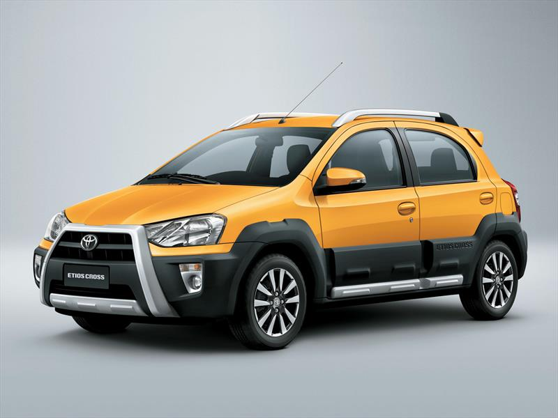Nuevo Etios 2019 >> Toyota Etios Cross launched in India at 5.76 lacs - PakWheels Blog