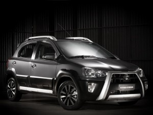 Toyota-Etios-Cross