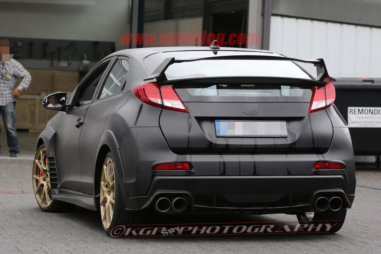 2015 honda civic type r caught testing without camouflage. Black Bedroom Furniture Sets. Home Design Ideas