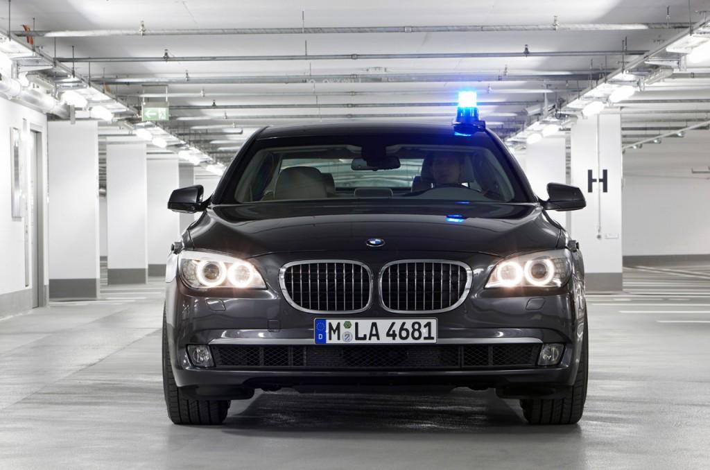 Narendra Modi Chooses A V12 BMW 7 S