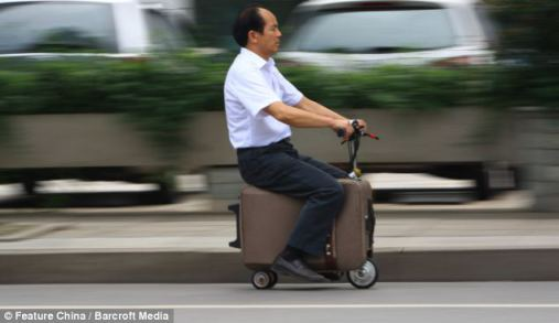 suitcase-motorbike-with-its-owner