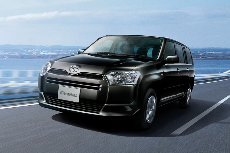 Toyota-launches-new-2014-probox-and-succeed-in-japan-photo-gallery_7