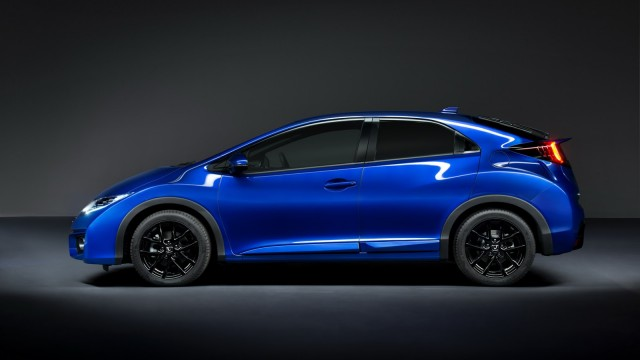 2015-honda-civic-facelift-unveiled-including-new-sport-model-photo-gallery_8