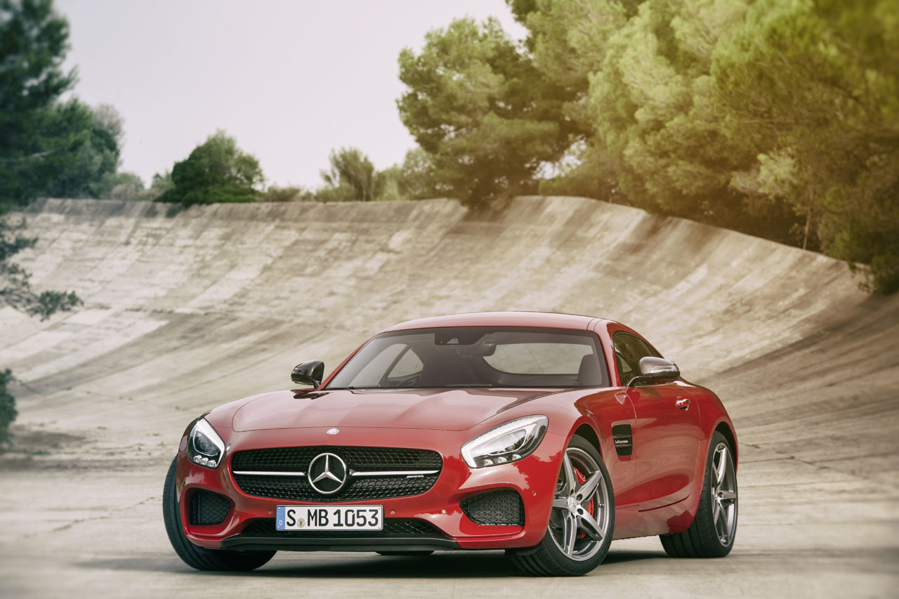 2016 mercedes benz amg gt pakwheels blog. Black Bedroom Furniture Sets. Home Design Ideas