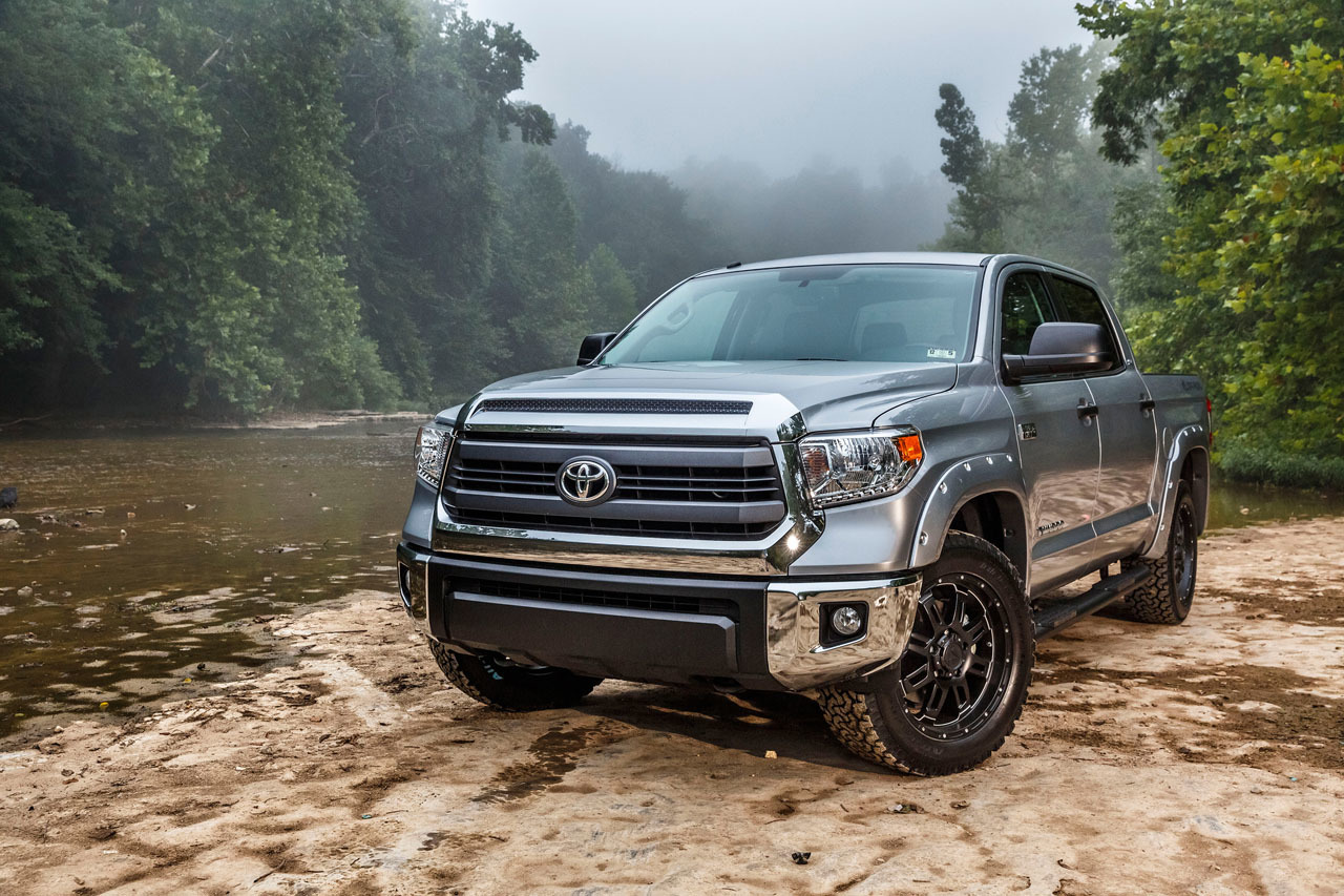 2015-toyota-tundra-bass-pro-shops-off-road-edition-001-1