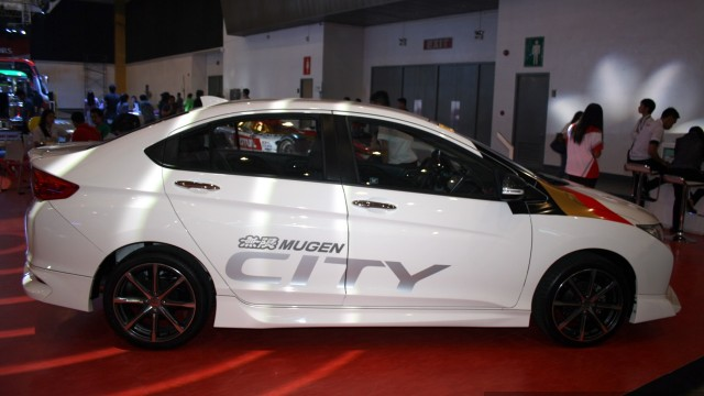 Honda-City-Mugen-profile-at-the-Philippines-Internatinal-Motor-Show-2014