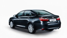 global-toyota-camry-facelift-unveiled-at-moscow-photo-gallery_5