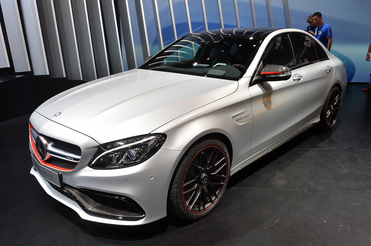 2016 mercedes amg c63 is a 503 hp saloon pakwheels blog. Black Bedroom Furniture Sets. Home Design Ideas