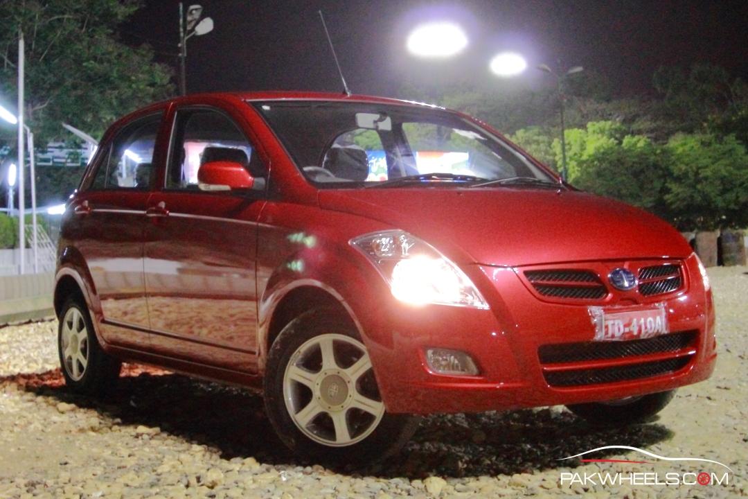 Driven-faw-v2-pakwheels-exterior-4