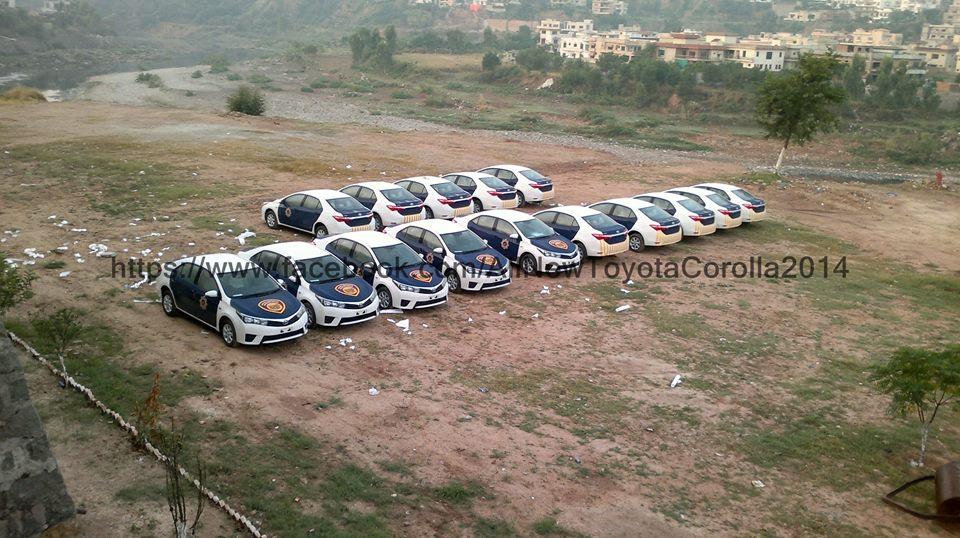 Motorway Police Pakistan Corolla Altis  (3)