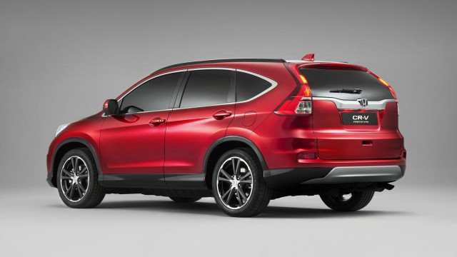 euro-spec-2015-honda-cr-v-facelift-revealed-with-160-hp-16-liter-diesel-engine_1